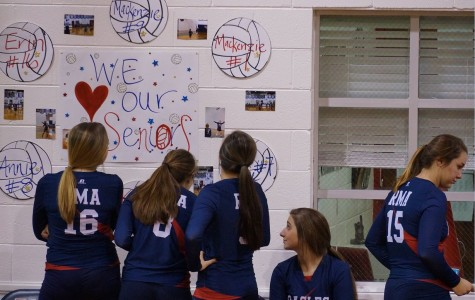 Volleyball Recognizes Seniors at Last Home Game